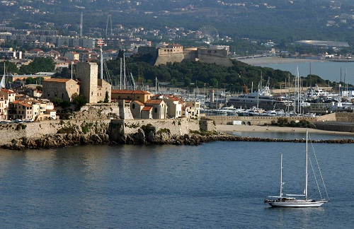 Antibes: old town and port