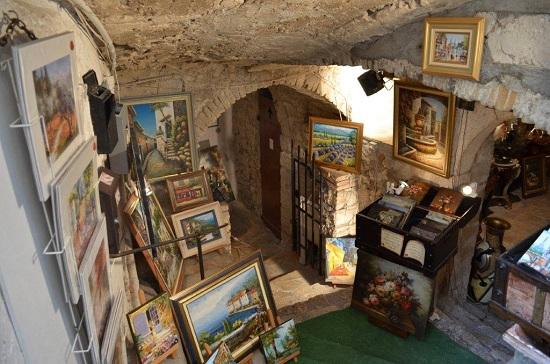 Une galerie à St Paul de Vence