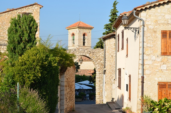 View on Cabris and restored houses