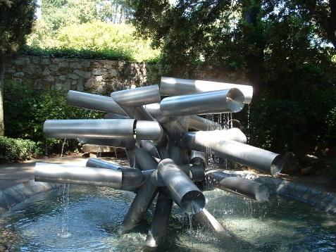 Fontana - Fondazione Maeght