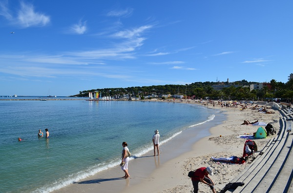 Antibes sand beaches