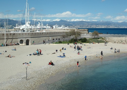 Gravette beach in the Antibes old town