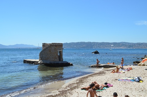 the beaches at antibes on the french riviera. Black Bedroom Furniture Sets. Home Design Ideas
