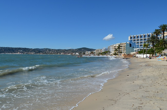 Private beach in Juan les Pins